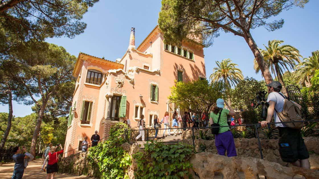 gaudi barcelona buildings - gaudi house museum