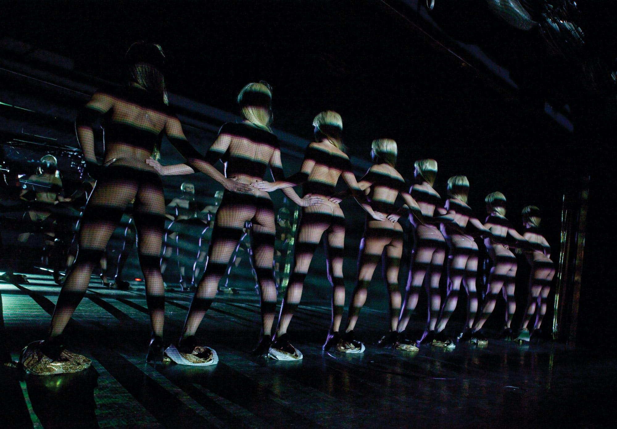 Best Vegas Adult shows - Crazy Girls