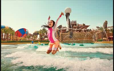 yas-waterworld-amwaj-wave-pool