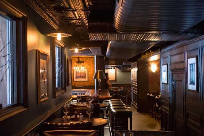 restaurants near TKTS South Street Seaport