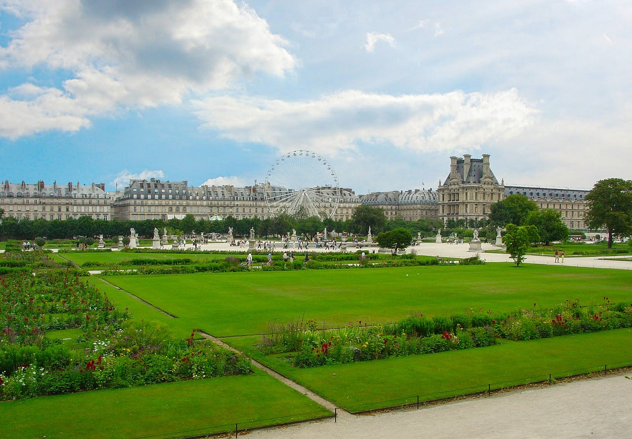paris on a budget - paris free attractions
