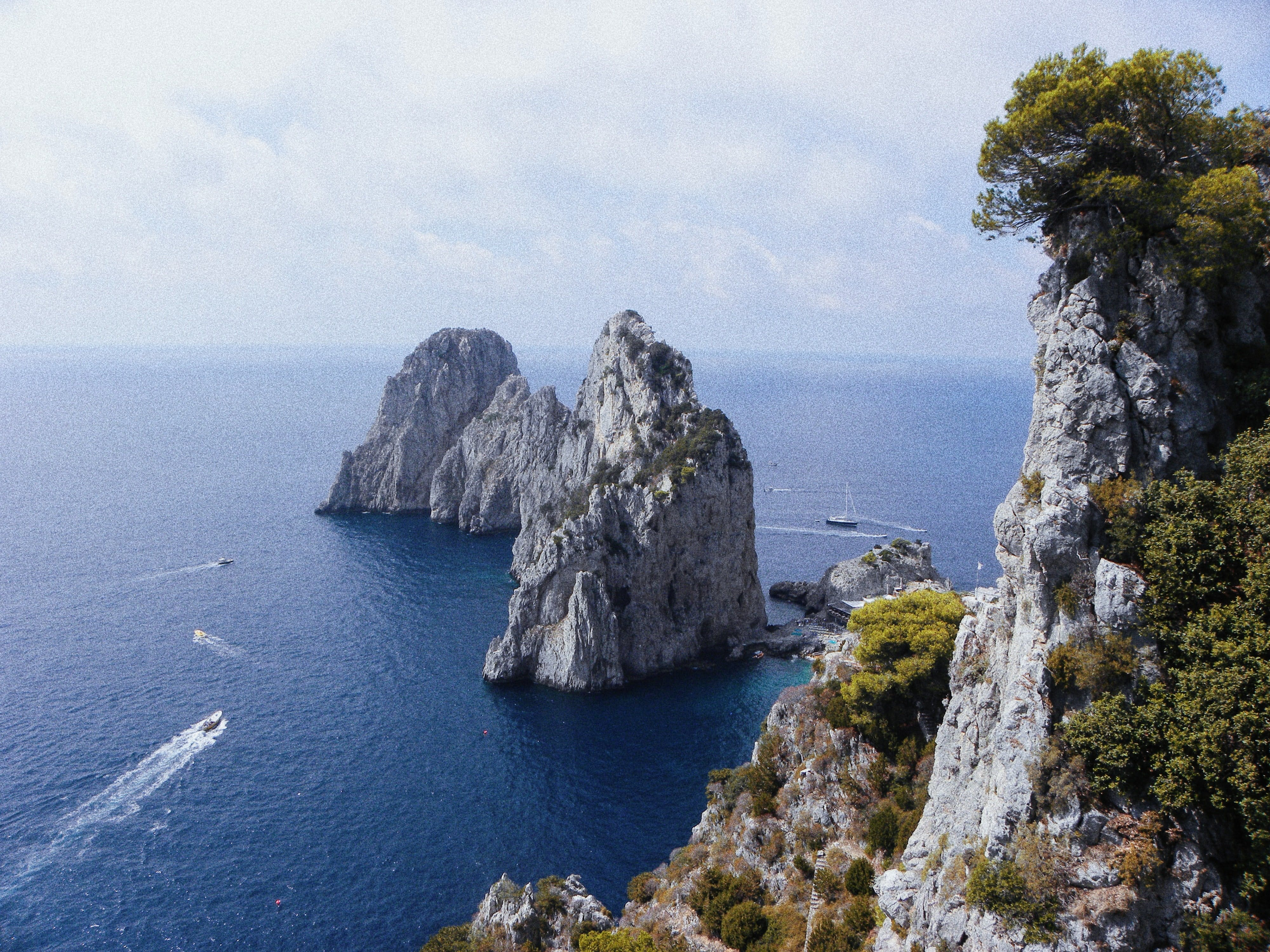 Enjoy the perfect day trip from Rome to Capri!