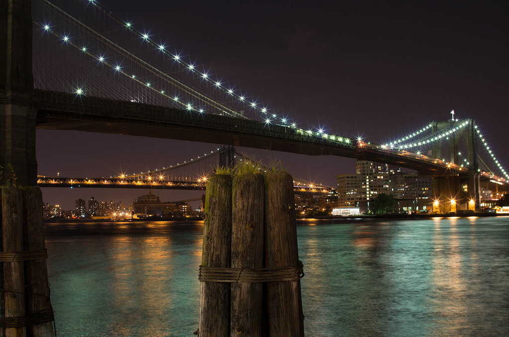 100-things-to-do-in-NYC-Summer-2017-9-11-memorial-and-brooklyn-bridge-night-tour