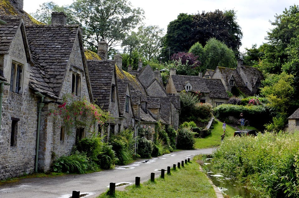 best day trips from london - the cotswolds