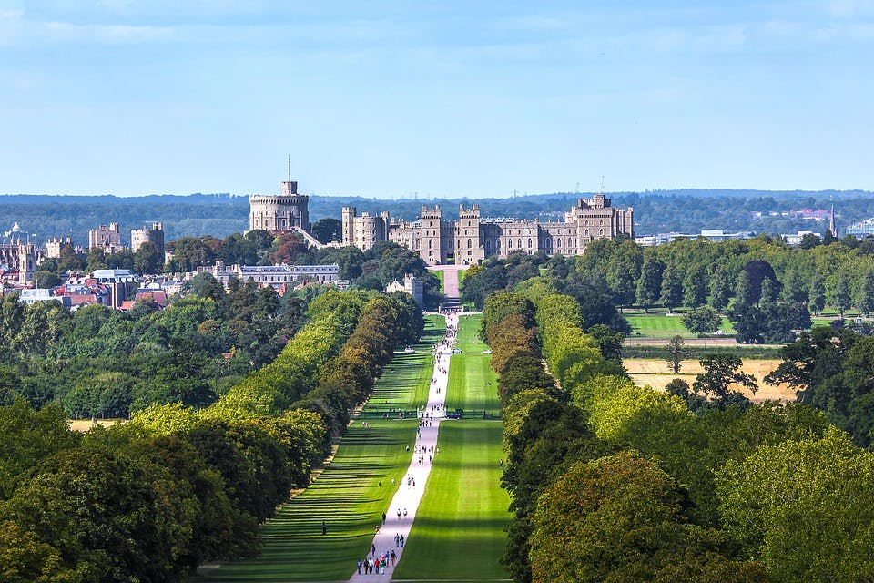 best day trips from london - windsor