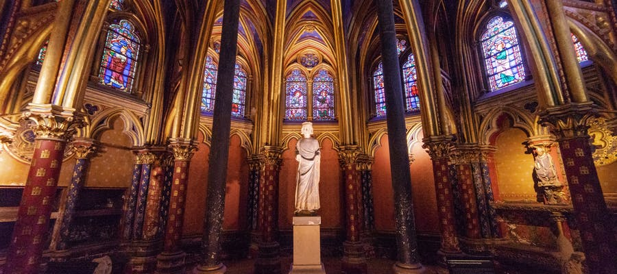 paris in march - Sainte Chapelle