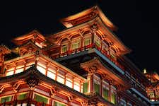Sightseeing in Singapore - Buddha Tooth Relic Temple & Museum - 2