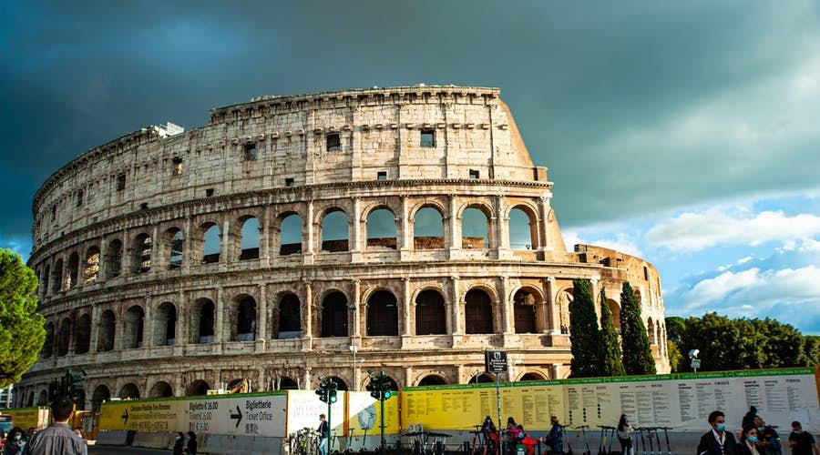 rome skip the line - the colosseum queue