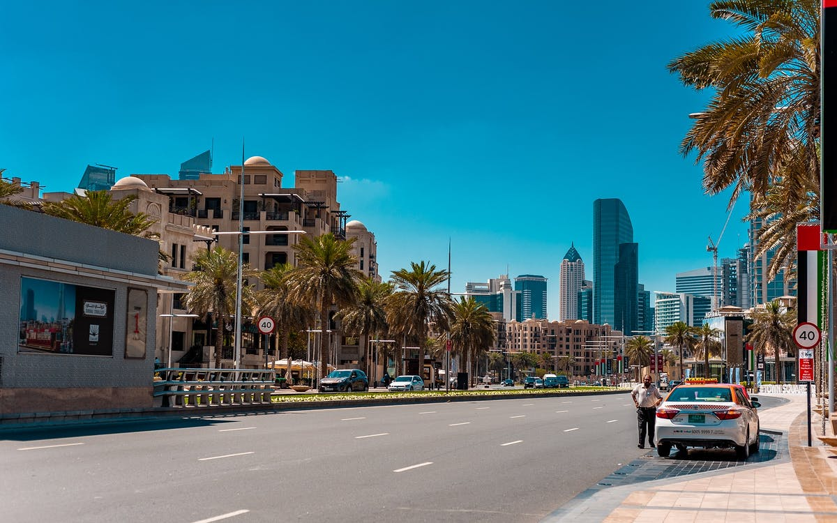 Dubai Airport Transfers Guide - Taxi