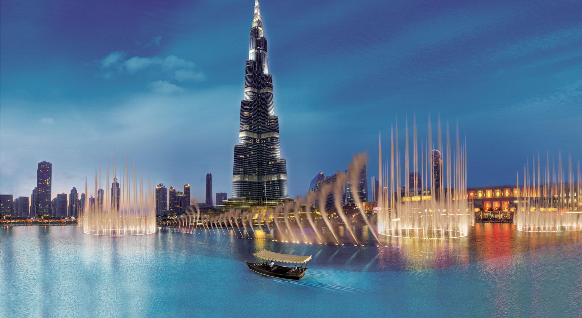 Dubai Fountain - Burj Khalifa Lake