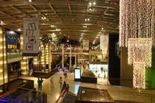 Shopping in Dubai - Mall of Emirates - 3