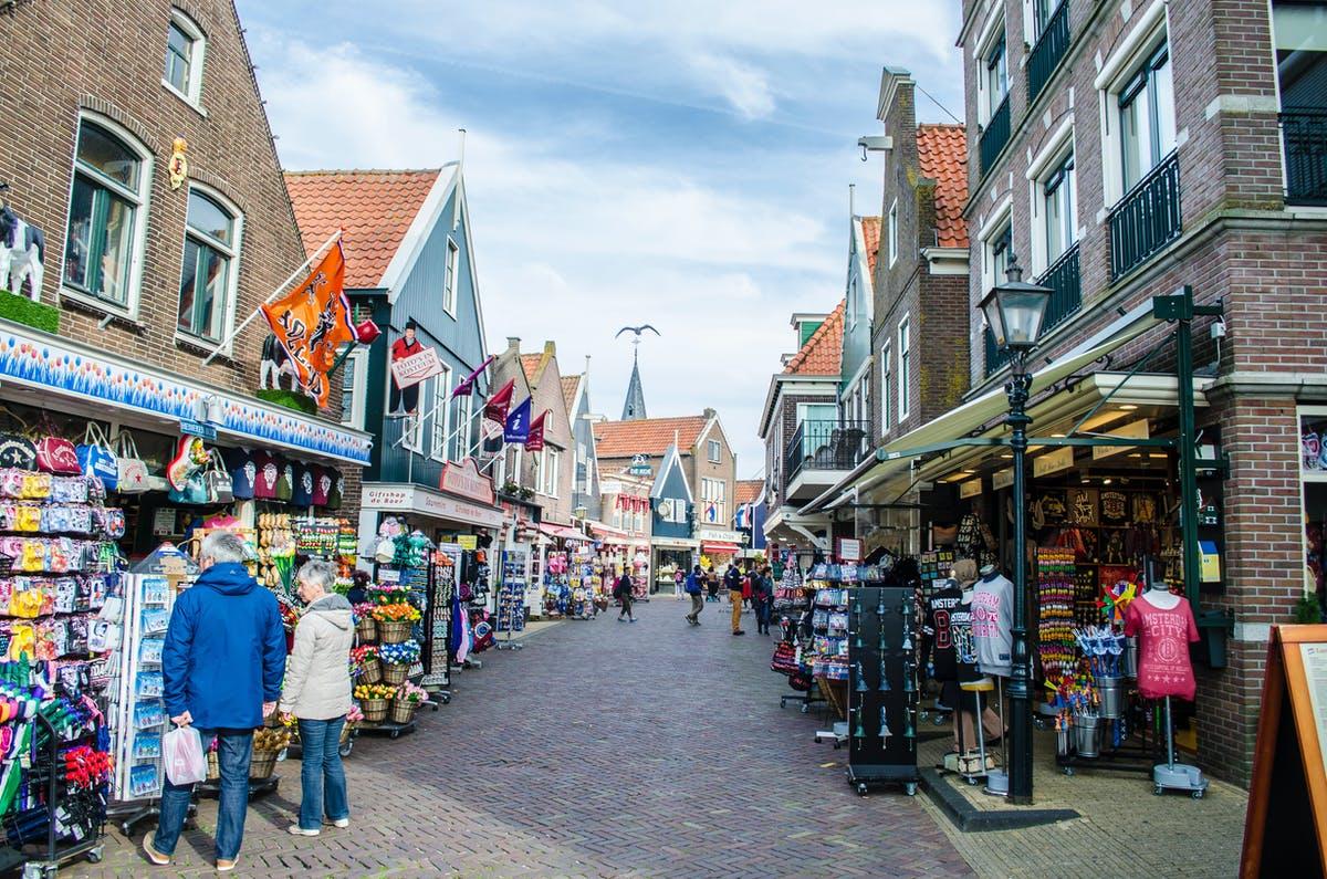 why take Amsterdam to Volendam day trip