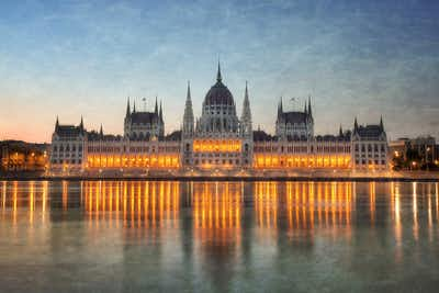 Budapest promo codes and offers Globe Room