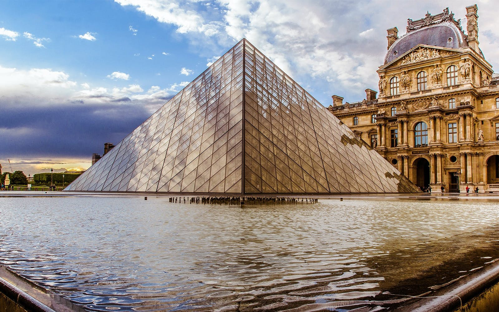 The Louvre Tours